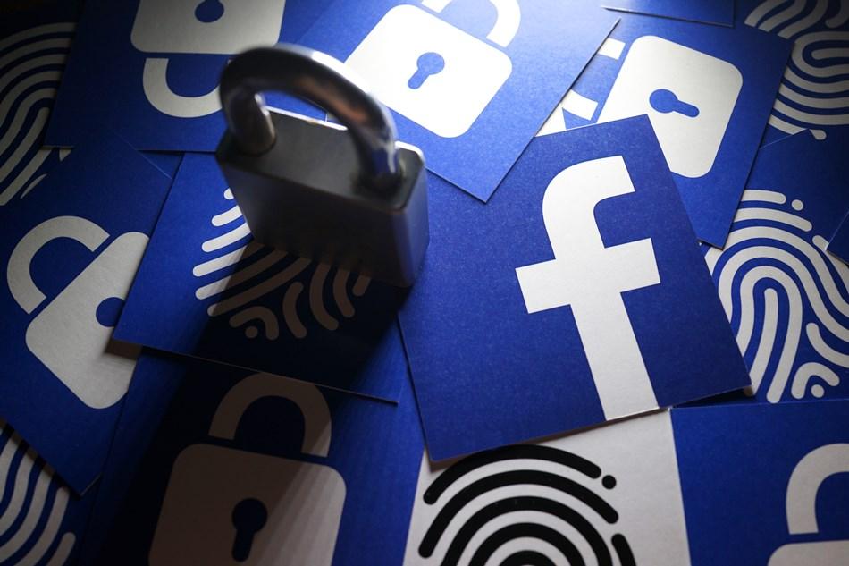 Facebook, privacy Investigation
