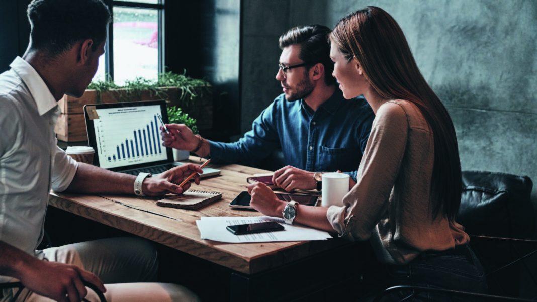 Marketers, ROI, Digital Marketing, Social Media Marketing, Customer Engagement, Paid Advertising, Data Management, E-mail Marketing CEO, CMO, Marketers, ROI, Digital Marketing, Social Media Marketing, Customer Engagement