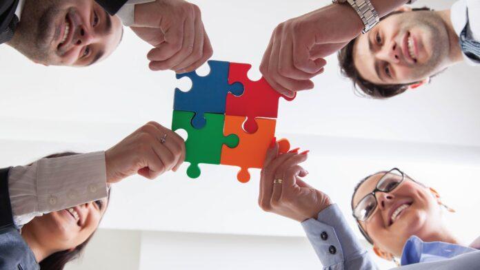 Strategic Partnerships can help Brands Improve B2B Customer Experience